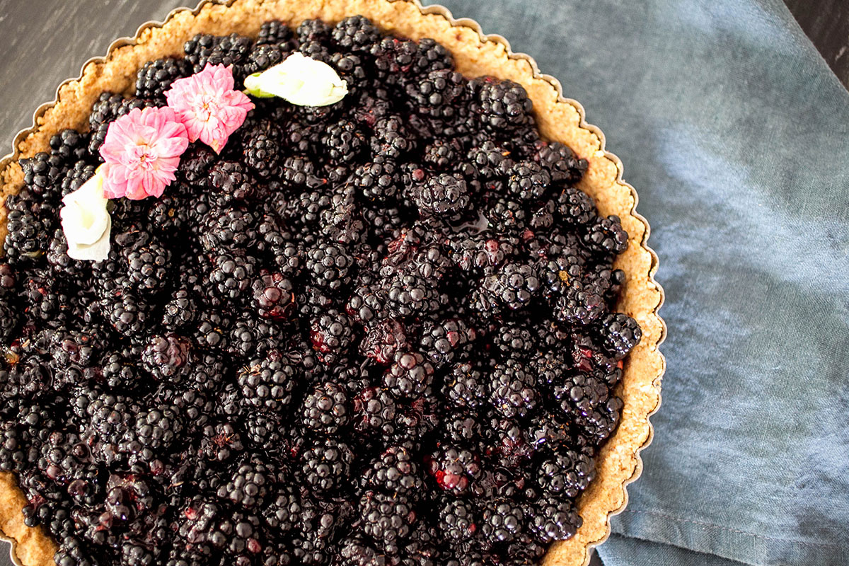 Fresh Blackberry Tart + Walnut Spelt Crust_3_Gold&Thyme